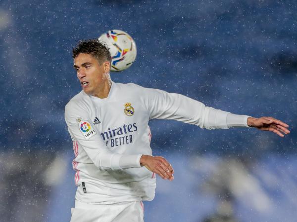 Bóng đá quốc tế tối 4/5: Real Madrid tổn thất trước đại chiến với Chelsea