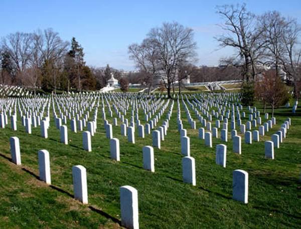 Giải mã giấc mơ thấy nghĩa trang là điềm báo gì